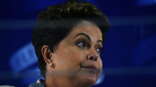 Governo Dilma põe economia na contramão do mundo