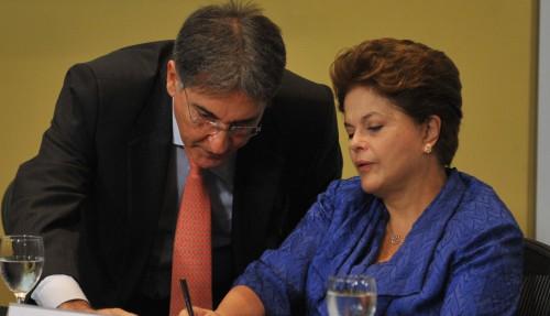 PSDB pedirá cassação de Dilma e Pimentel